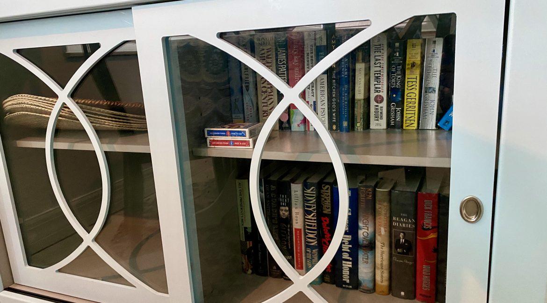 1209 E New Haven 205 bookcase