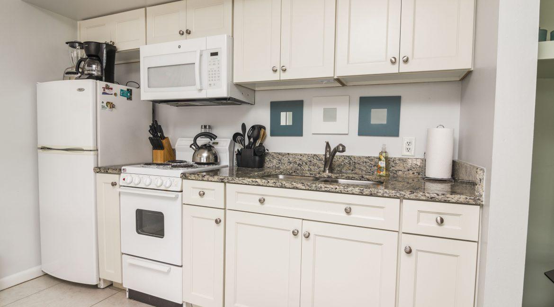 1209 E New Haven Ave 102 kitchen 2