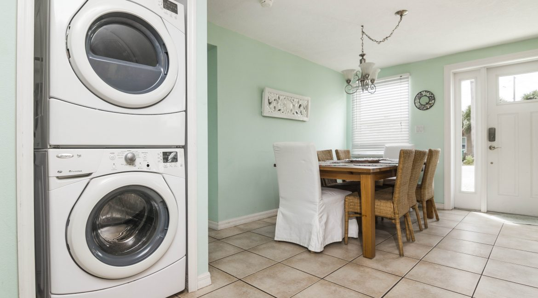 Seabreeze unit 3 laundry
